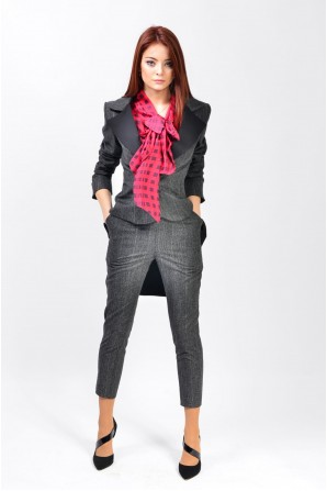 pantaloni femei online